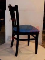 Красиви дървени столове с атрактивен дизайн