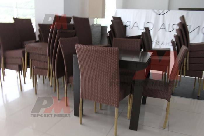 мебели от ратан за кафене