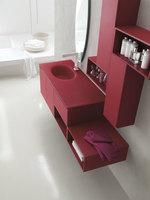 първокласни производство шкафове за баня