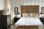 Тапицирани легла с голяма табла по поръчка