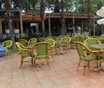 Столове от бамбук за закрито заведения