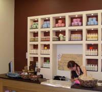 Интериор дизайн на магазин за козметика
