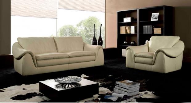Луксозен кожен диван двойка с фотьойл